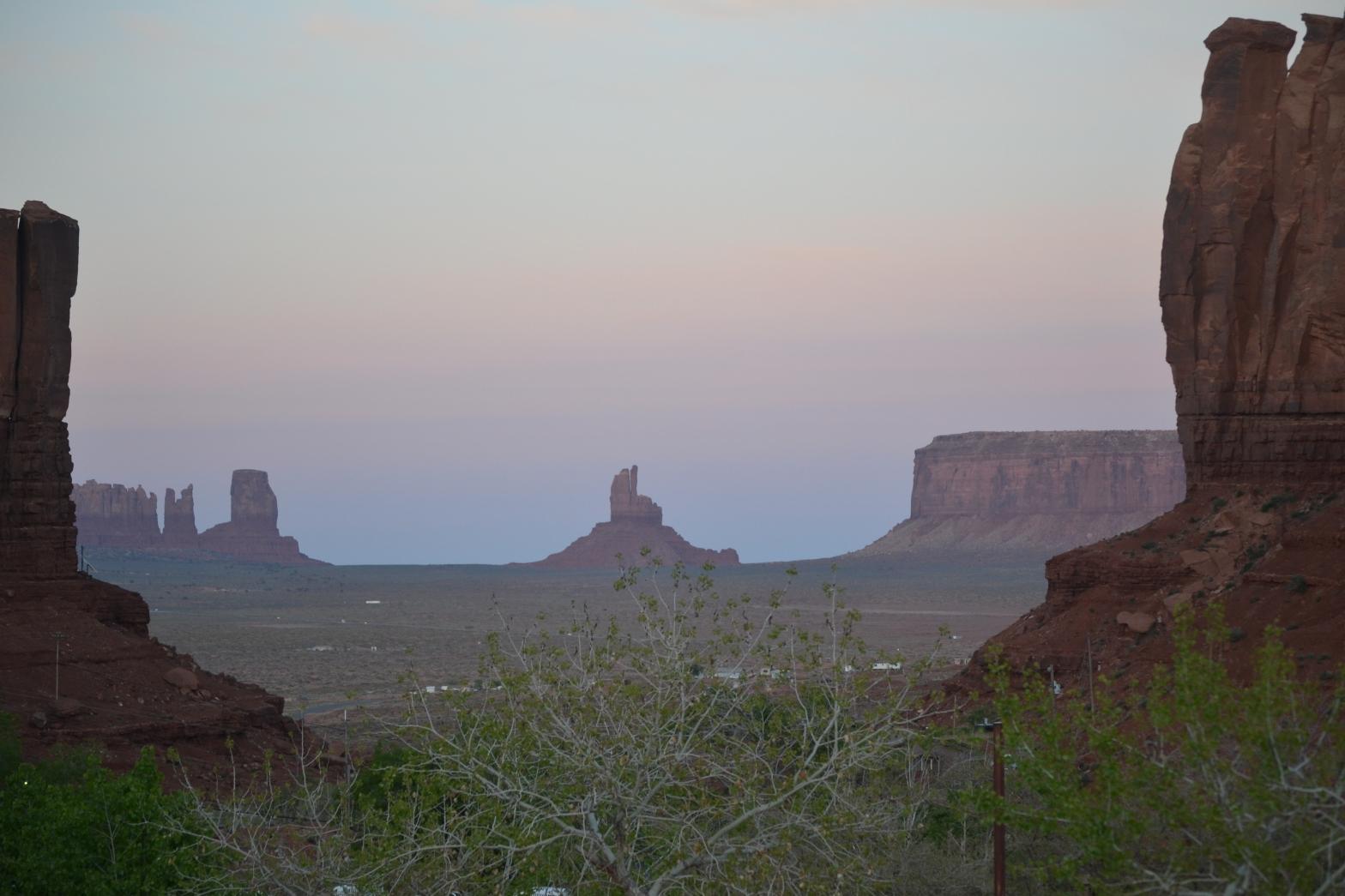 uitzicht op de rotsen van Monument Valley